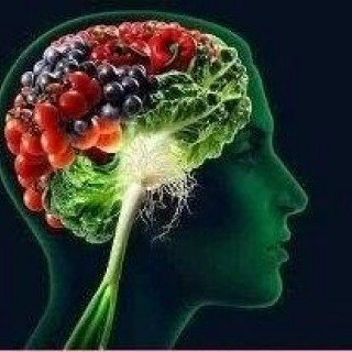 Τροφές για να τονώσουν τον εγκέφαλο σας