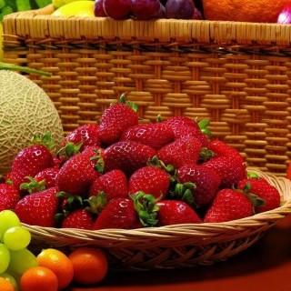 Ποιοι δεν πρέπει να τρώνε φράουλες