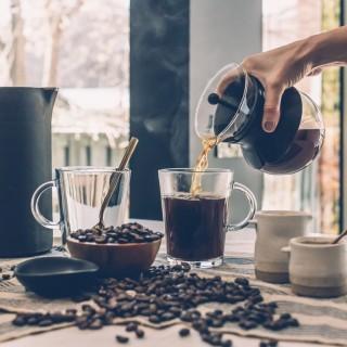diatrofi kai kafe